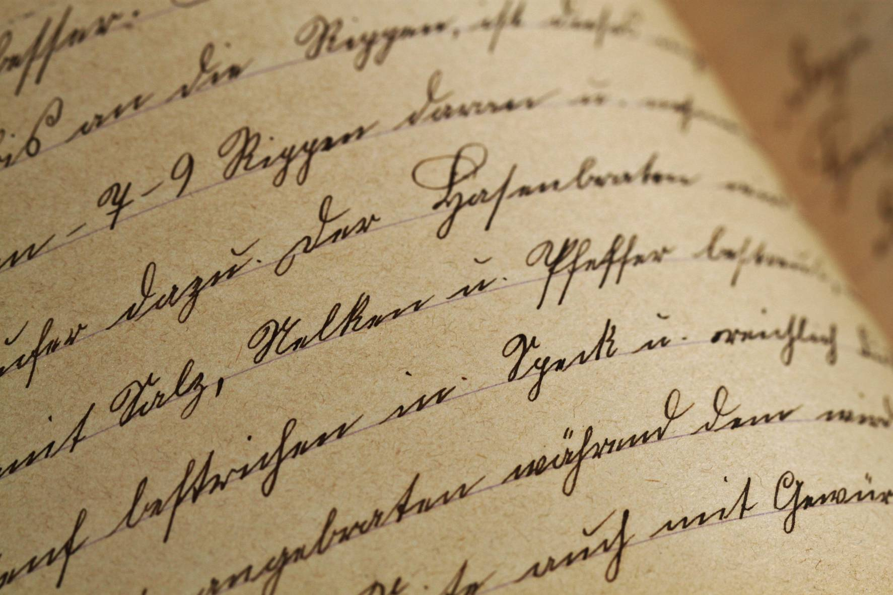 texture-handwriting-sutterlin-vintage-99562